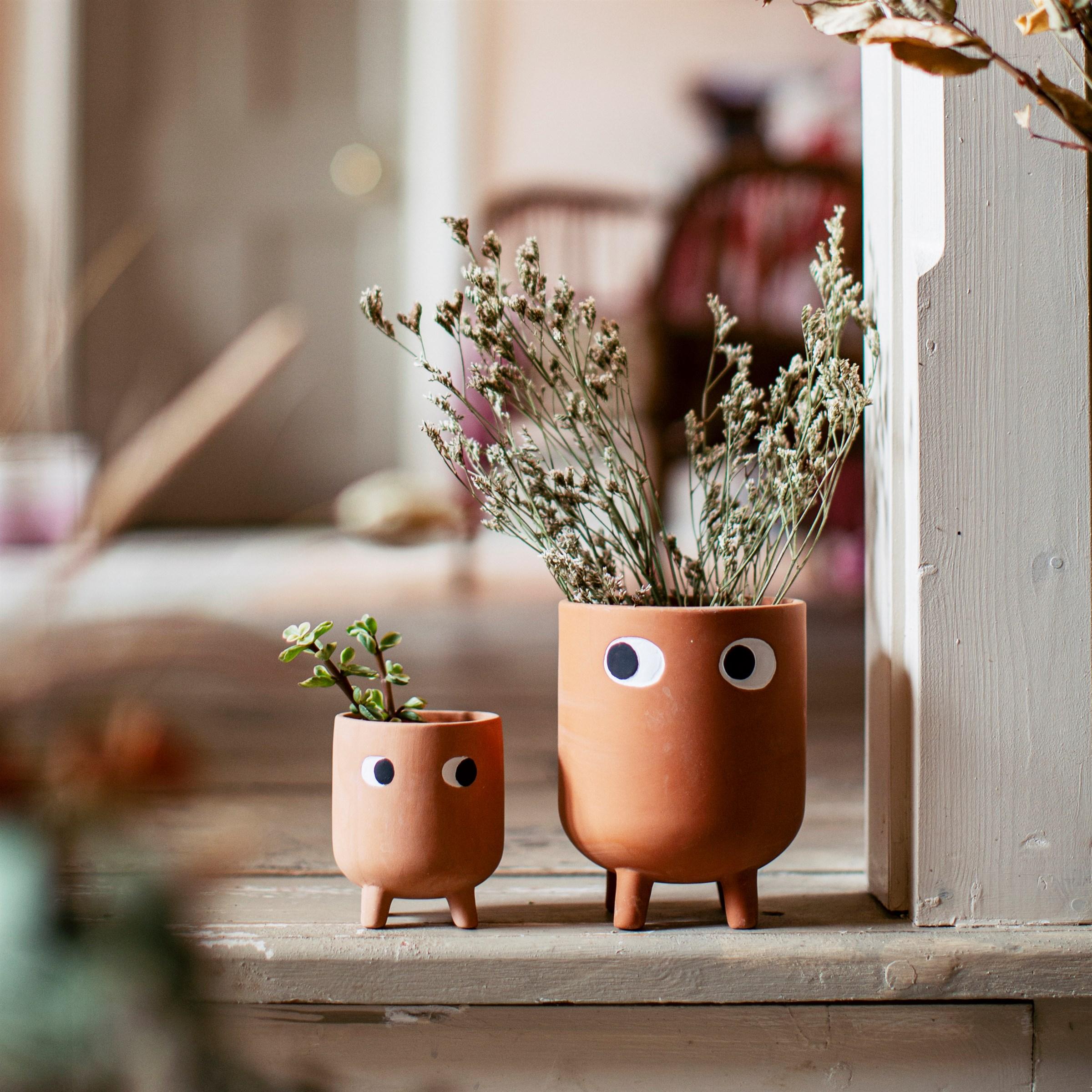 Sass Belle bloempot leggy groot terracotta met gezicht op pootjes